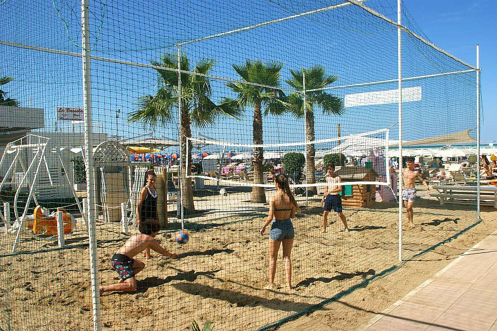 beach volley e calcetto bagni 120